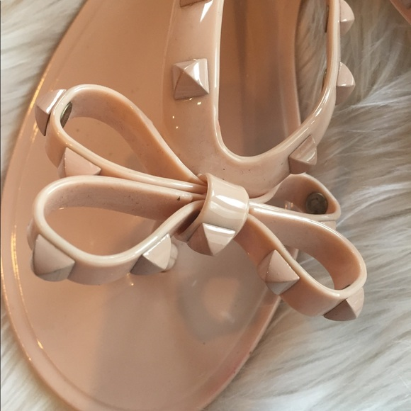 fa49456e7 Dizzy Shoes - Studded Bow Jelly Sandals Flip Flops Cream Sz 40 9